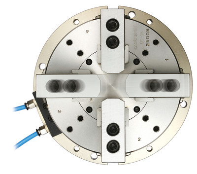 MA - 2 Actuating Axes Self-Centering Solid Air Chuck - Operational Example